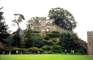 The_Mound,_Warwick_Castle_-_geograph.org.uk_-_11174